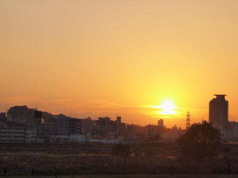 022_s_7213_18-180_聖蹟桜ヶ丘夕景_20101205.jpg